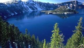 oregon-drzewa-jezioro-nieg-gory